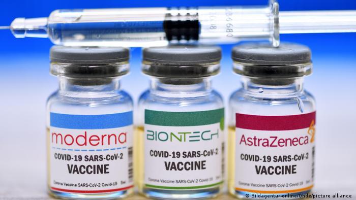 Científicos afirman haber resuelto el misterio de coágulos de sangre provocados por algunas vacunas