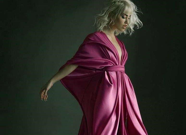 Lali Esposito en la portada de la revista Elle