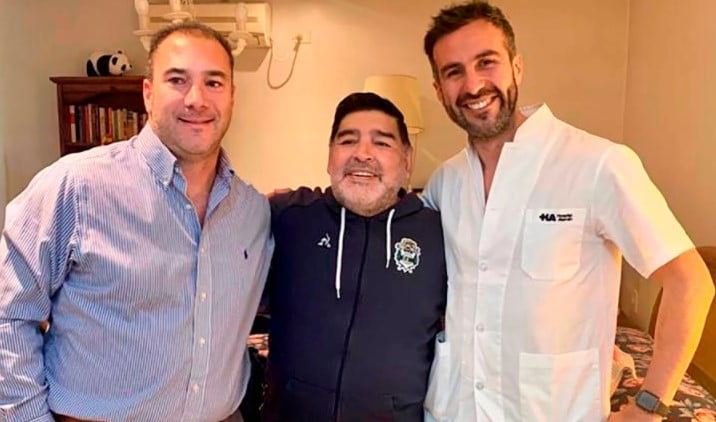 Imputan al medico de Maradona y a su equipo de trabajo