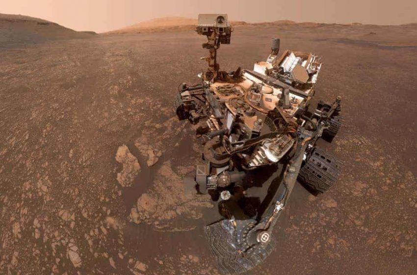 Rover Curiosity fotografía nubes en marte