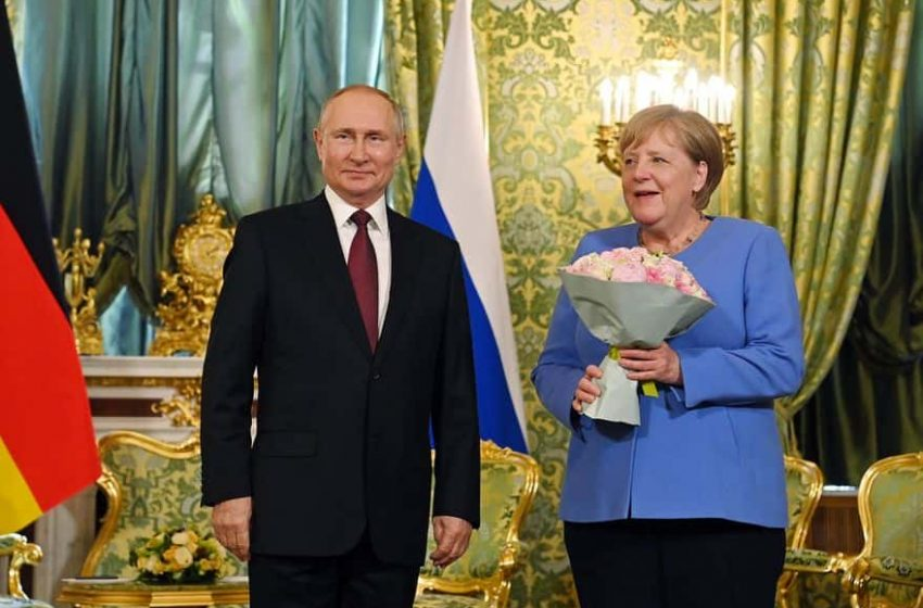 Ángela Merkel llega a Moscú para tratar con Vladimir Putin asuntos actuales y bilaterales