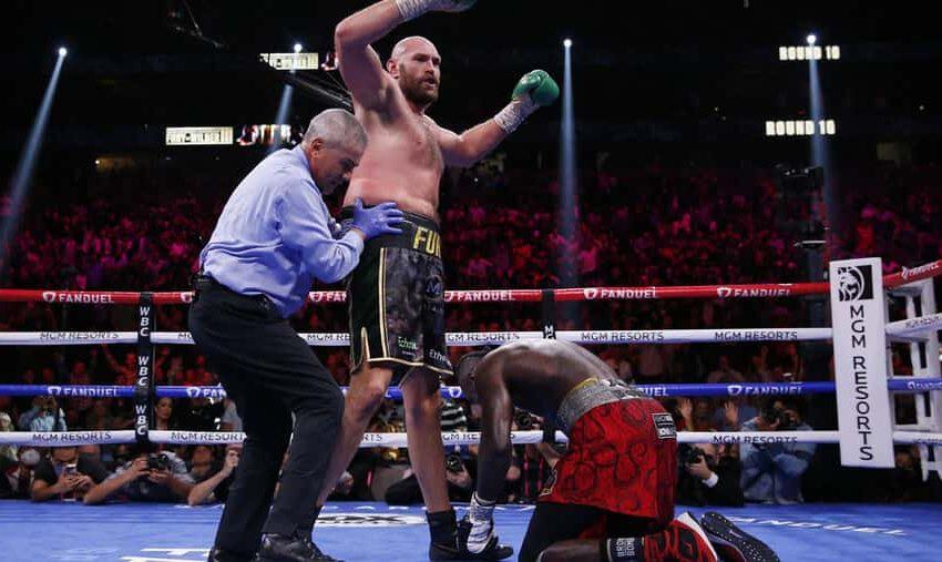 Tyson Fury noqueó a Deontay Wilder y retuvo el titulo CMB